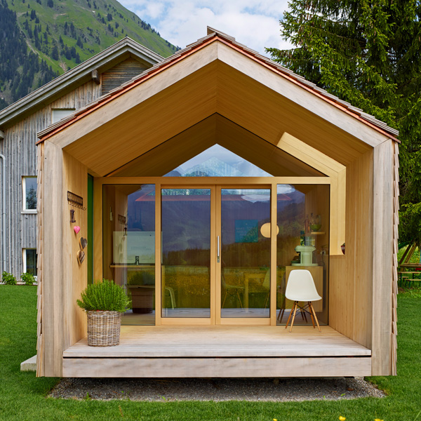 fenster gartenhaus finest weka fr fenster cm x cm with fenster gartenhaus top awesome moderne. Black Bedroom Furniture Sets. Home Design Ideas